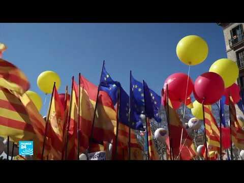 إسبانيا: الآلاف من مناهضي استقلال كاتالونيا يتظاهرون في برشلونة  - 11:24-2018 / 3 / 19