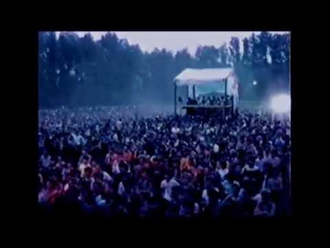 AYA RL - Unikaj Zdjęć (official video)