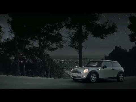 "Allianz Italia - Spot SestoSenso 2013 - Sogg. Furto 20"""