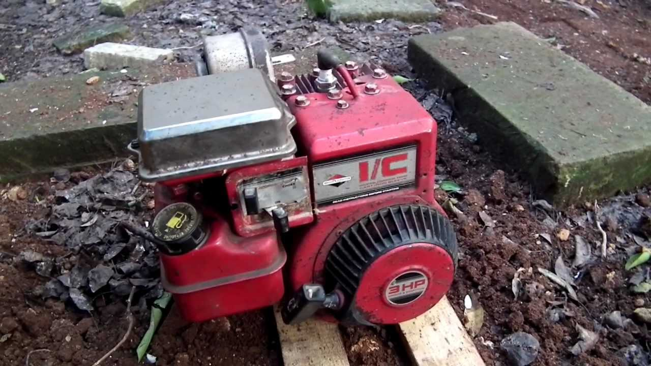 briggs and stratton 18 hp twin ii flooding out [ 1280 x 720 Pixel ]