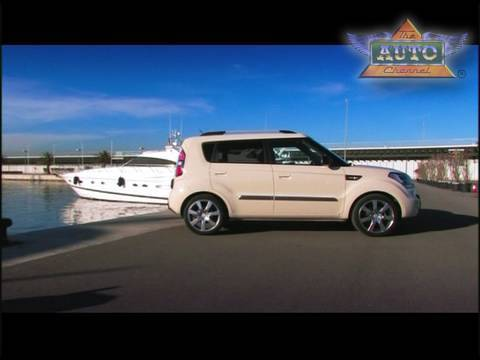 Beautiful Kia Soul Wins At Towcar Of The Year Awards   Promo 2
