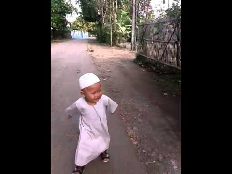 Anak Kecil Lucu Pake Baju Bang Madit Youtube