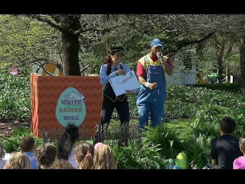 "Choo Choo Soul's Genevieve Goings and Constantine ""DC"" Abramson at the 2016 Easter Egg Roll"