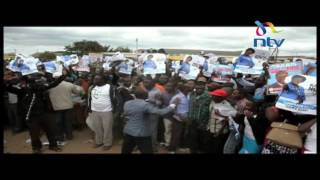 Charity Ngilu, Julius Malombe supporters clash in front of Kalonzo Musyoka