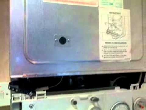 Flashing Red Light >> Worcester bosch Junior 24i Boiler Reset light flashing fast Red. - YouTube