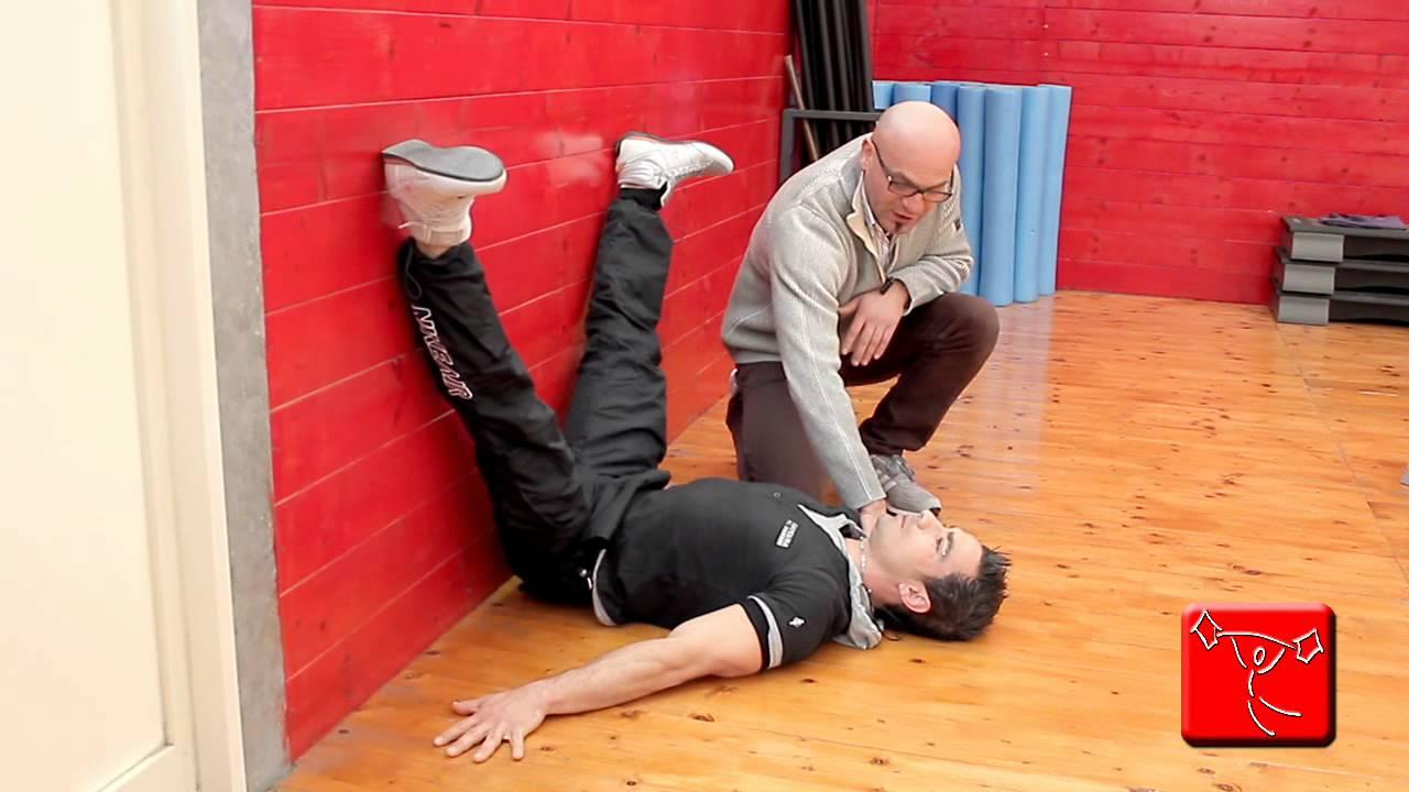 Come sviluppare i muscoli della schiena esercizi da fare - Come fare una palestra in casa ...