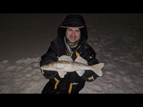 Рыба есть, она не может не есть=) Двухчасовая рыбалка в черте города на Казанке!