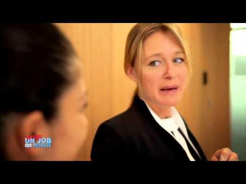 Valérie PASCALE teste le métier d'hôtesse d'accueil