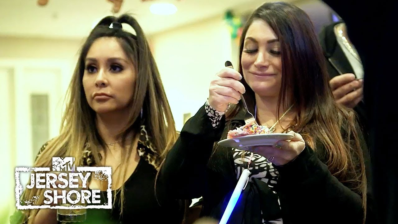 Download Are Angelina & Nicole on the Outs Again? | Jersey Shore: Family Vacation
