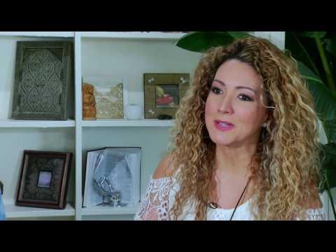 Daniela Ganoza  Entrevista con Erika Ender