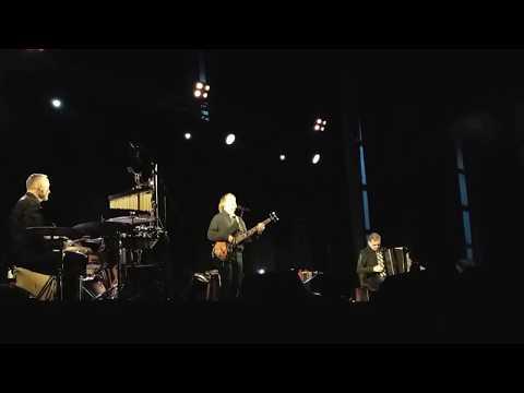 Jaromír Nohavica & Trio de Janeiro - Gigolo + Záda