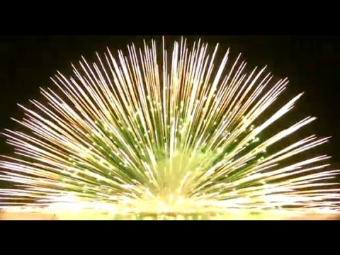Artillery Shell In Water by World Class Fireworks - YouTube