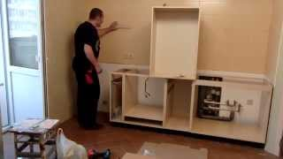 Сборка кухни для чайников часть 2(продолжаем процесс сборки шкафов., 2014-12-09T04:06:18.000Z)