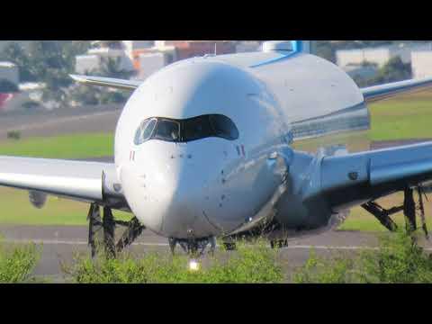 Départ De La Réunion, A350 FrenchBee Pour Paris-Orly