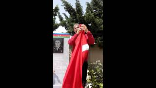 Azerbaycan milli kahramanı MÜBARİZ İBRAHİMOV ' UN ŞANLI KABRİ