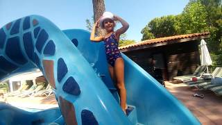Video Parkta oyunlar havuzda yarışmalar, eğlenceli çocuk videosu, Champion Hotel mini club download MP3, 3GP, MP4, WEBM, AVI, FLV November 2017