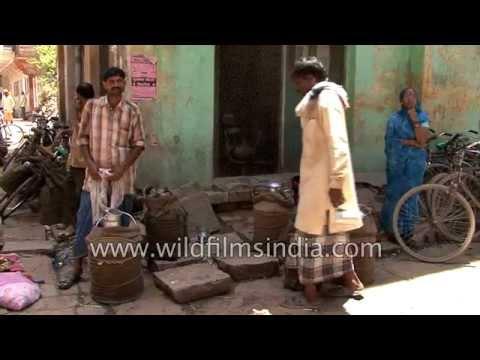 Varanasi : milk trading hub of Uttar Pradesh in India