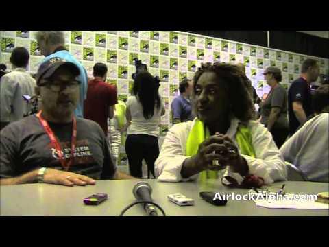 Jack Kenny, CCH Pounder Reveal 'Warehouse 13' Secrets