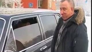 """""""Чайка"""" Бориса Ельцина выехала на улицы города"""