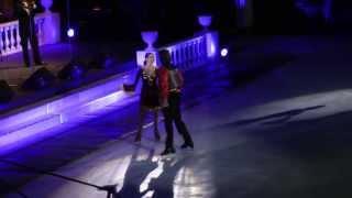 """""""Очи Черные"""". Наоми Ланг и Петр Чернышев в шоу """"Опера на льду"""", Санкт-Петербург, октябрь 2013 г."""