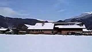 Panorama auf dem Camping Grund mit Schnee