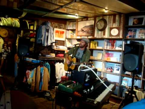 Neil Halstead -- Digging Shelters/Full Moon Rising [2/15] LIVE at Mollusk Surf, Venice CA 5-8-2012