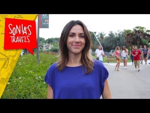 Travel Barcelona: People Watching