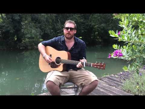 Jamie McGuire - Teenage Kicks - LIVE in France