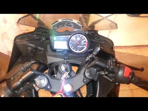 Yamaha r15 2.0 prueba sonido.: Pequeño test de sonido.