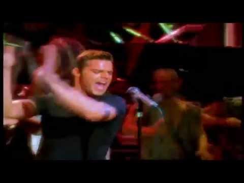 Клип Ricky Martin - La Copa De La Vida  - Spanish