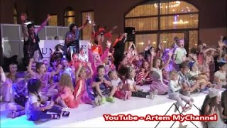 Mini Disco in Sunrise Select Royal Makadi Resort 5*. EGYPT, Hurghada 2016(This video works ONLY on PC / Видео можно просмотреть только с компьютера. Mini disco while the Halloween's evening in Sunrise Select Royal Makadi ..., 2016-11-14T21:56:56.000Z)