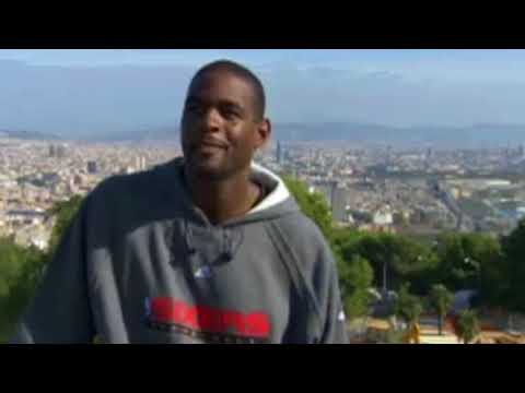 Allen Iverson and Chris Webber talk about Barcelona in 76ers Spain Tour (2006)