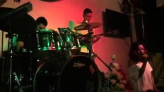 Tôi ơi đừng tuyệt vọng - Nguyễn Liên - Hát mừng sinh nhật Mai Vinh Guitar bass FA - G4U Cafe (7/9/1
