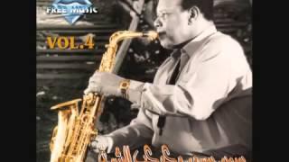 عاشق الساكس: سمير سرور : وعزف أغنية بعيد عنك ، لأم كلثوم.... Ahmed Elassal Channel