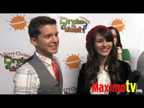 Victoria Justice and Simon Curtis at Merry Christmas, Drake & Josh!