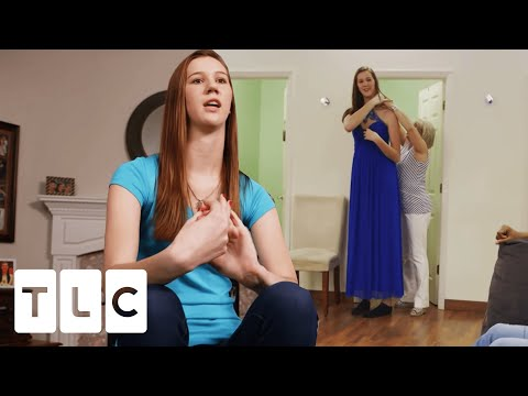 6'9' High School Student Hopes Her Crush Will Ask Her To Prom! | My Giant Life