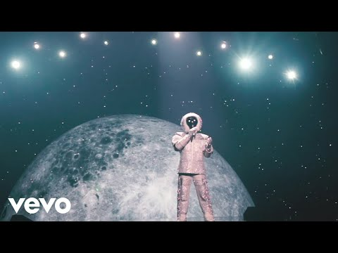 Der Astronaut - Back To The Moon (Official Video)