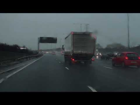 High Wycombe M40 Motorway to M3 Motorway In Rainy Weather January 2nd 2018