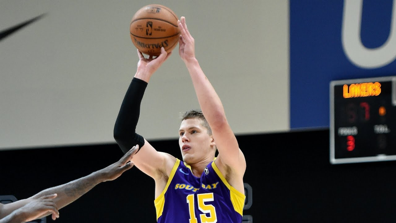 28ad644f89e Lakers assignee Mo Wagner drops 21 points with 7 dimes for South Bay ...