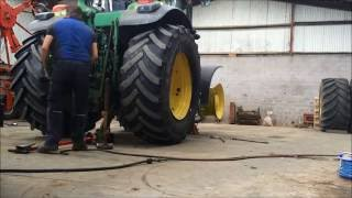 Tyre Removal - Tractor - Sledgehammer and Levers in under 5 minutes