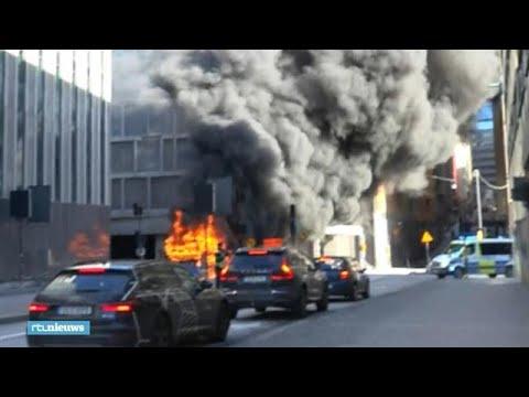 Un autobús explota en el centro de Estocolmo
