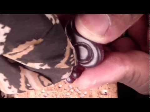 polishing a jewelry wax model PT4