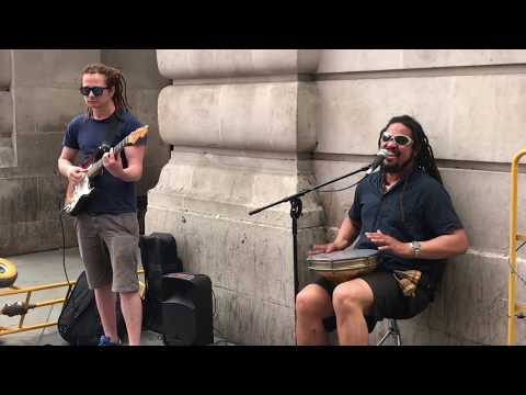 Men at Work, Down Under (cover) - busking in the streets of London, UK