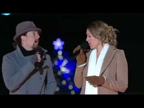Colbie Caillat -- Baby,It's Cold Outside (National Christmas Tree Lighting 2012)