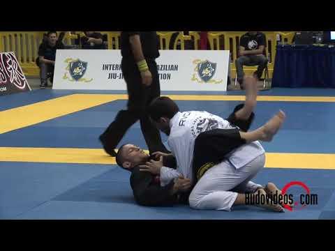 Claudio Calasans vs Lucas Leite クラウジオ・カラザンス vs ルーカス・レイチ (リストロック wrist lock)
