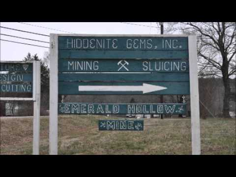 Hiddenite mineral gems  Where to Dig and Find In USA