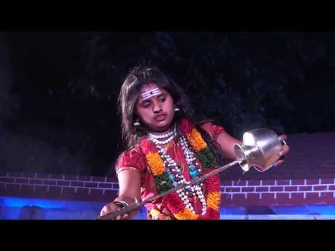 Veerabhadra Kunitha by girls ಮಹಿಳಾ ವೀರಭದ್ರ ಕುಣಿತ