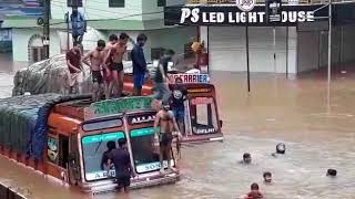 funny accident during flood in kerala incredible india