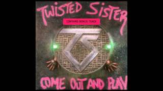 Twisted Sister - Looking Out For #1