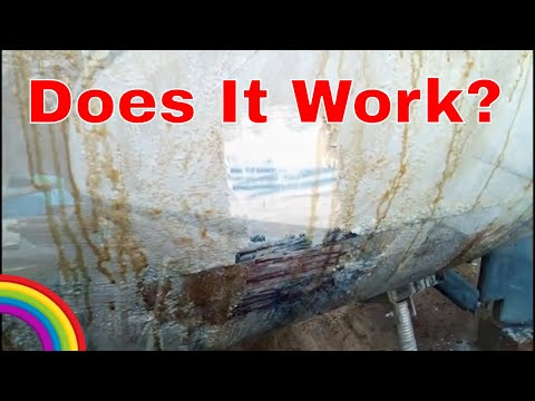 Stripping Paint From Fibreglass Boat - Ep 140